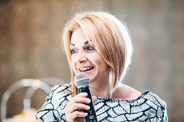 Brisbane Motivational Speaker Julie Cross